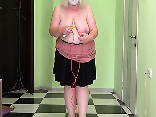 Mature milf in stockings jumps rope, shakes big boobs and fat booty. Saggy tits bounce. Fetish.